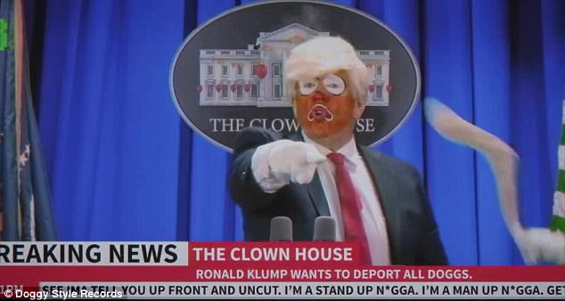 3E3BA97B00000578-4310270-_Nobody_s_dealing_with_the_real_issue_with_this_f_king_clown_as_-m-106_1489437469430